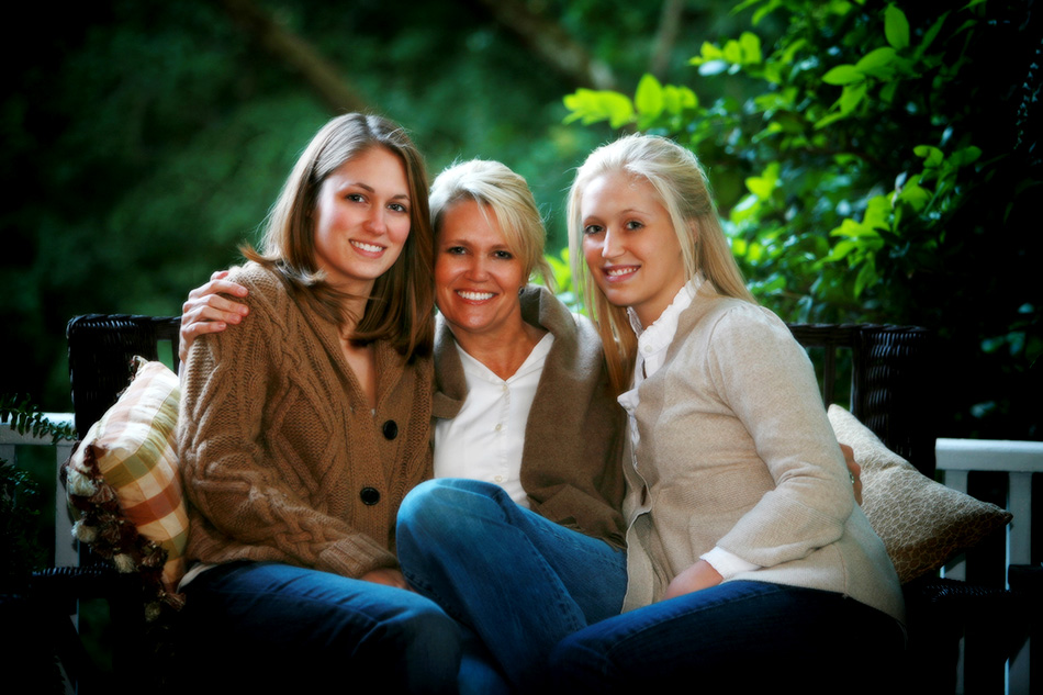 Mum-and-daughters-on-porch